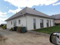06.-Neubau-Einfamilienhaus-mit-Aussenanlagen-in-Bad-Lgs.-Rueckansicht